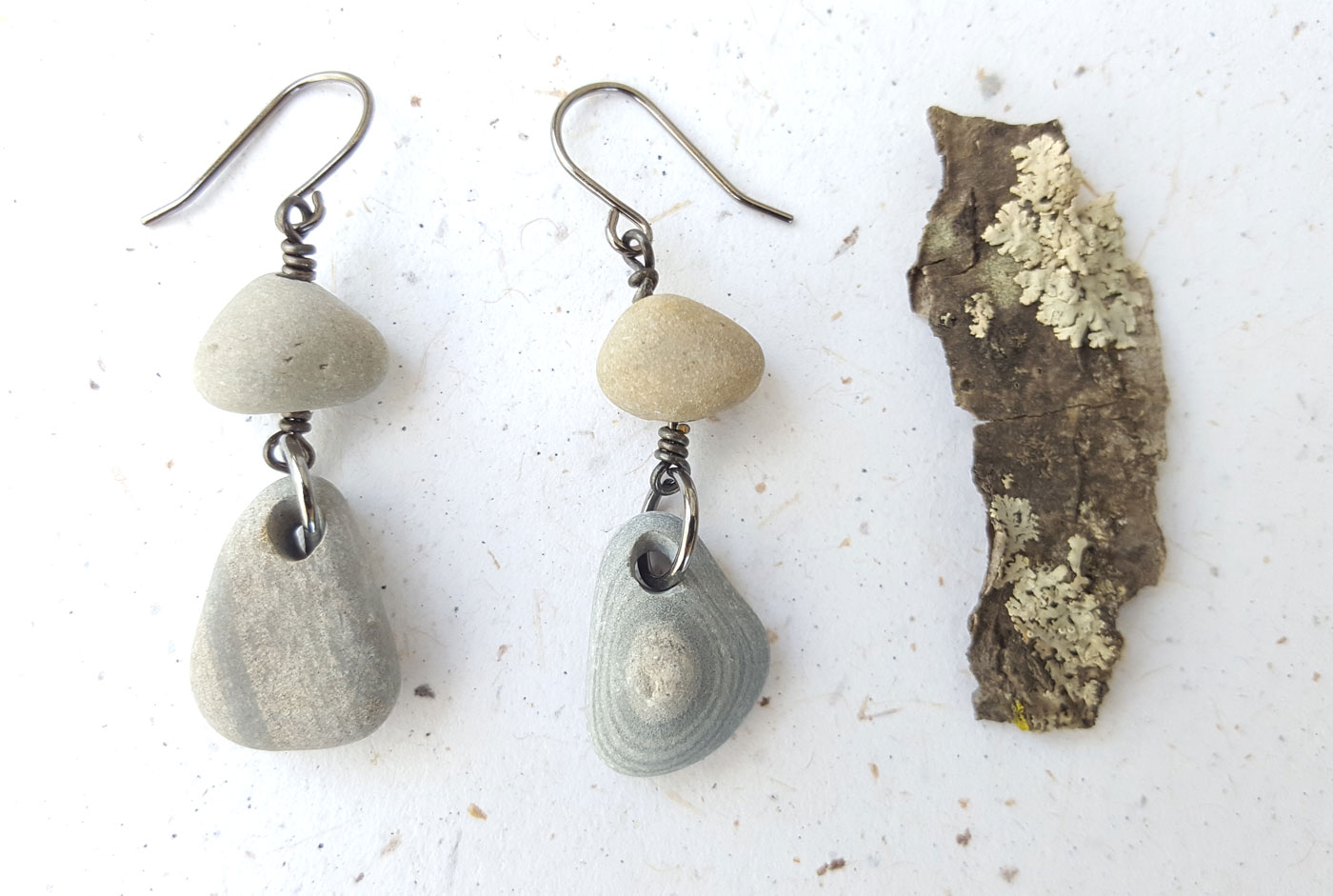stones serpentine natural stone pin earrings and